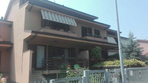 Vendita Villa a schiera 7 Locali Rodano